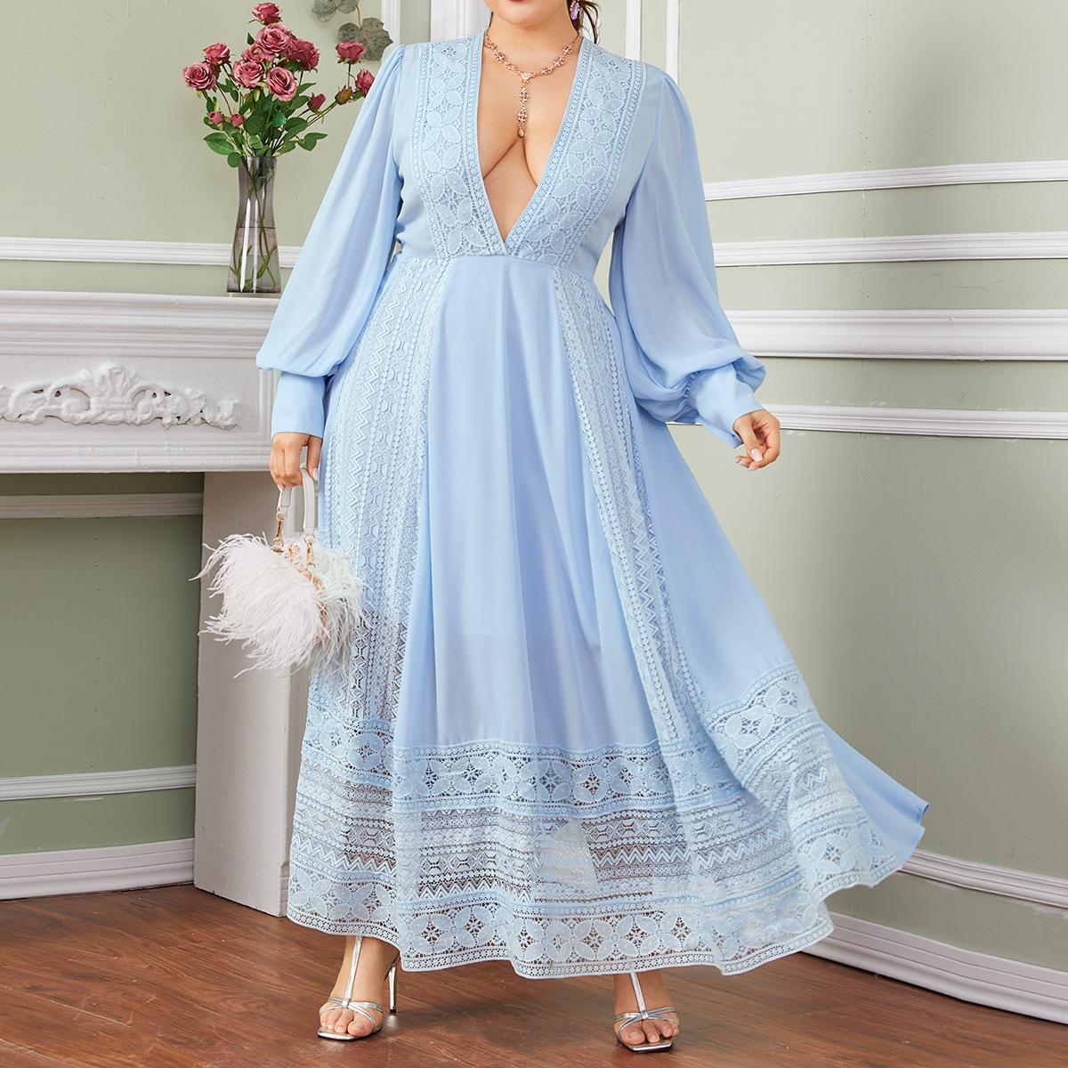 Платье размера плюс с глубоким вырезом и кружевом