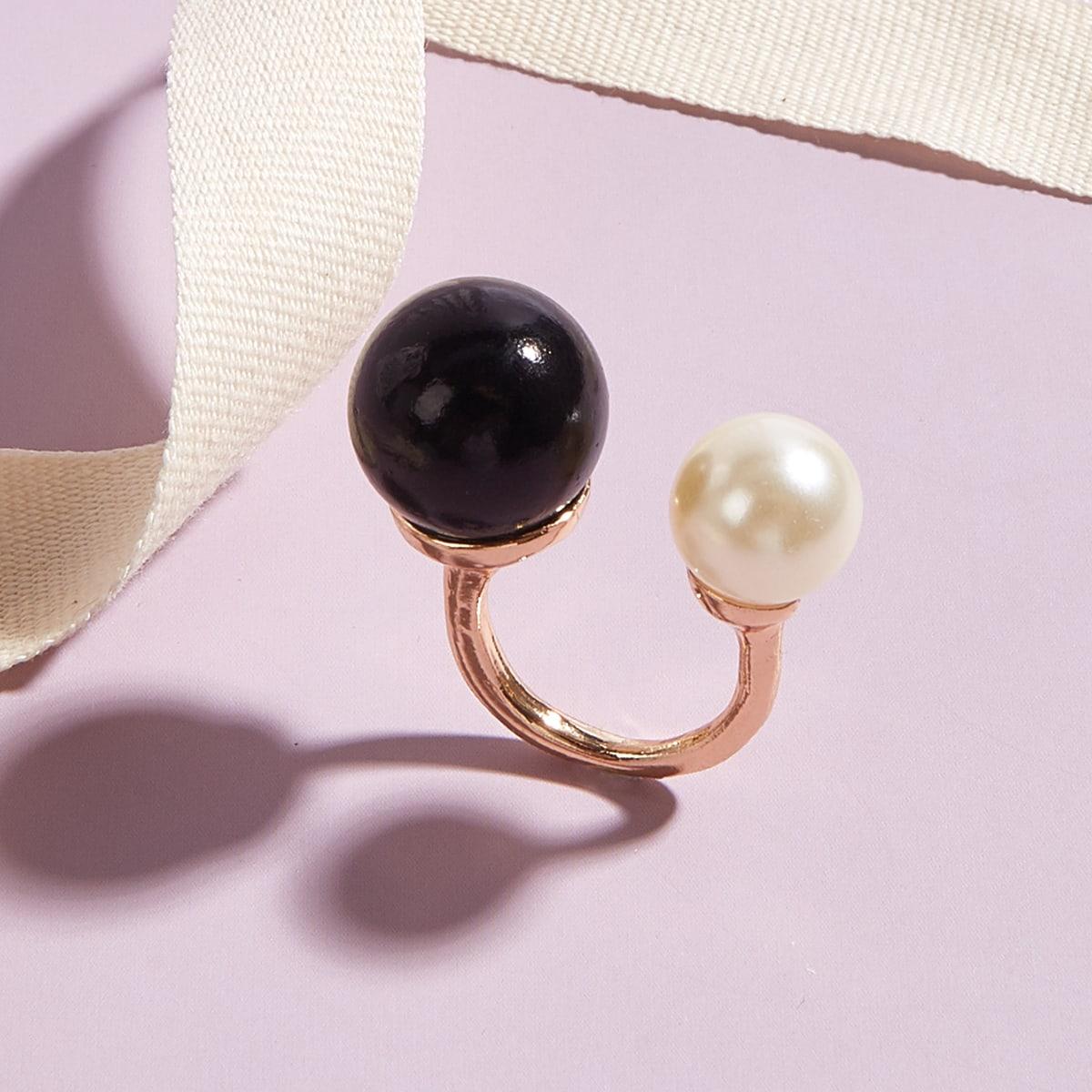 Кольцо-манжета из искусственного жемчуга фото