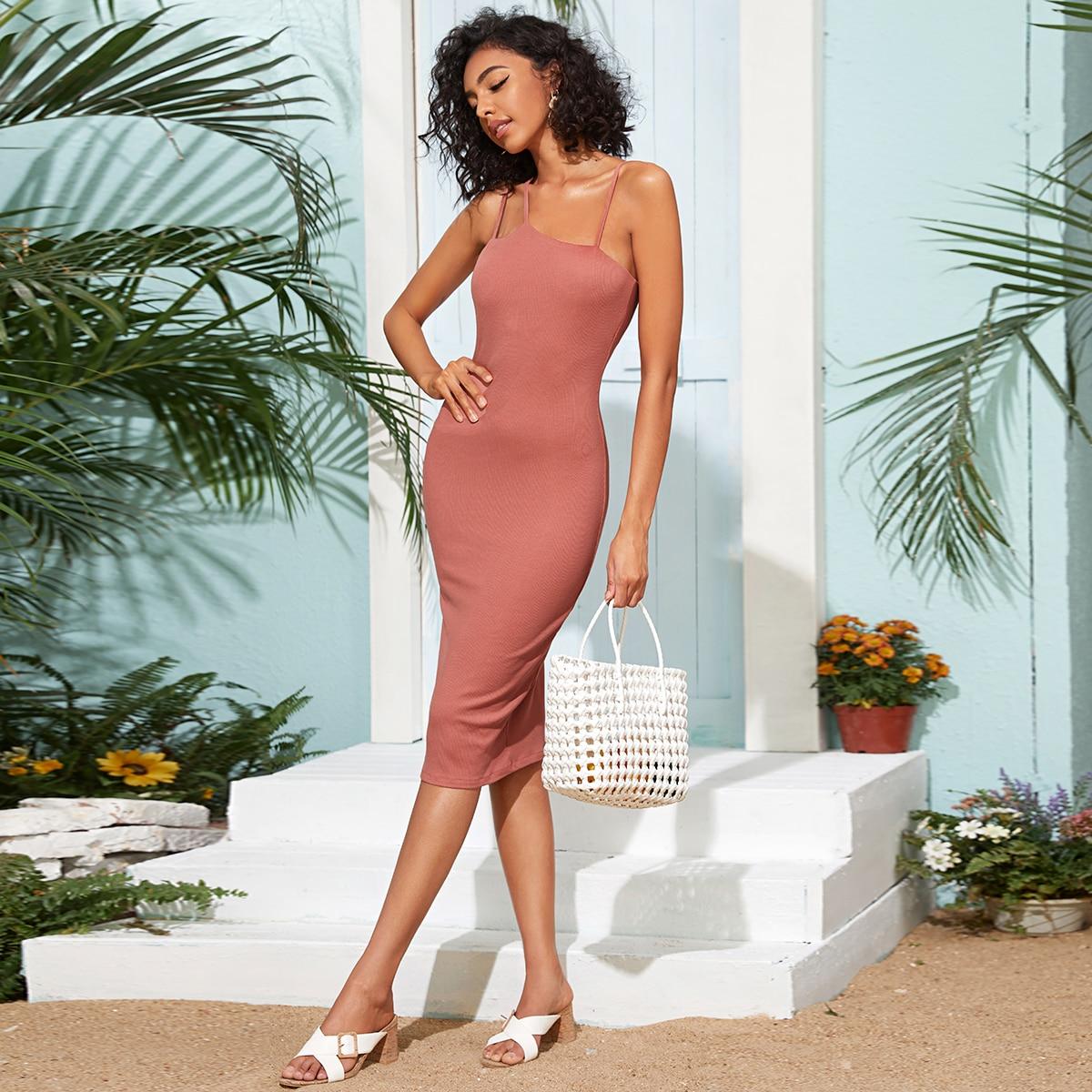 Асимметричное трикотажное облегающее платье