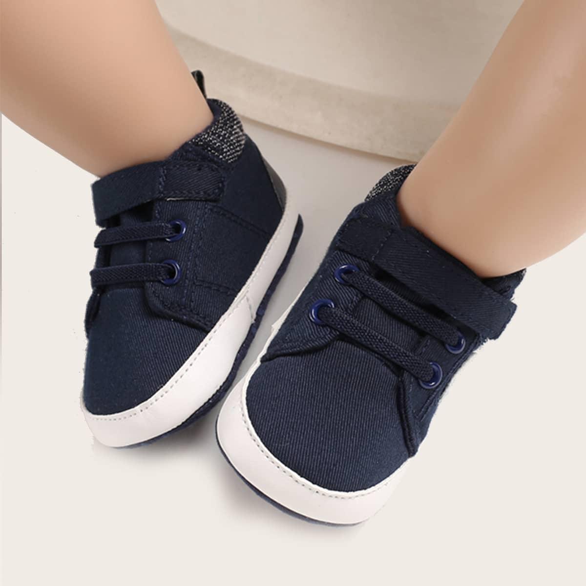 Кроссовки для малышей от SHEIN