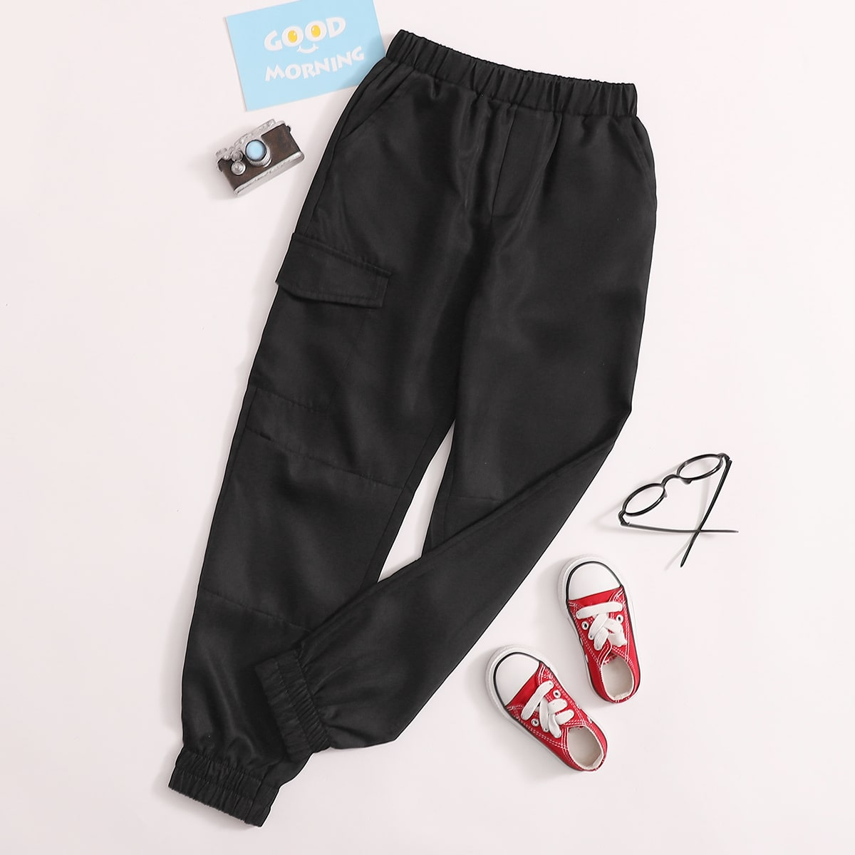 Брюки с эластичной талией и карманом для мальчиков от SHEIN
