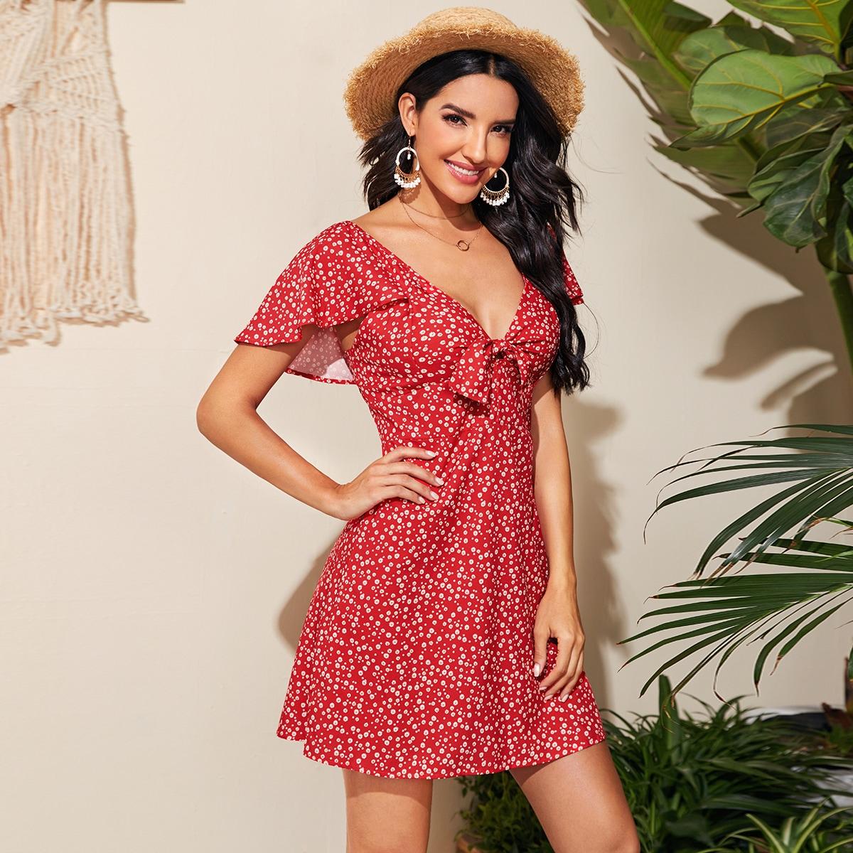 Платье с воротником-бантом и цветочным принтом фото