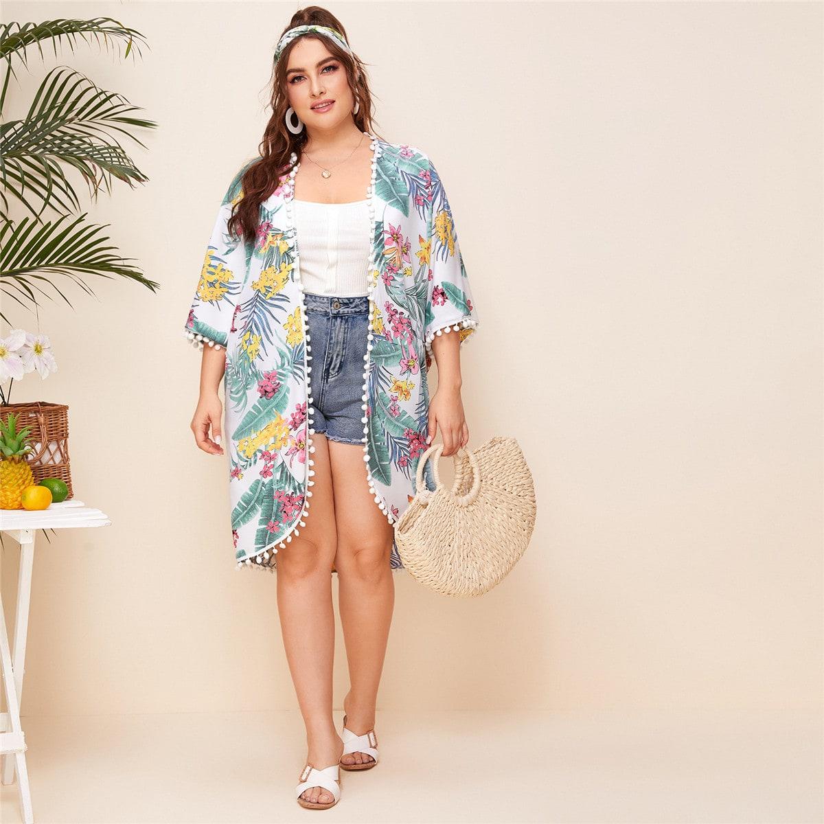 Кимоно размера плюс с оригинальным принтом и помпоном фото