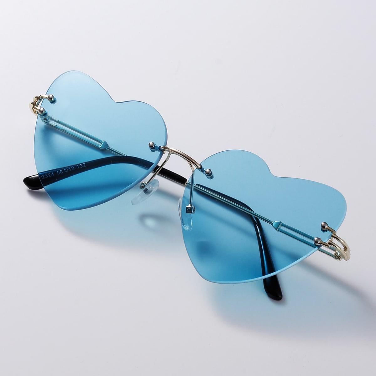 Солнечные очки в форме сердечка без оправы фото