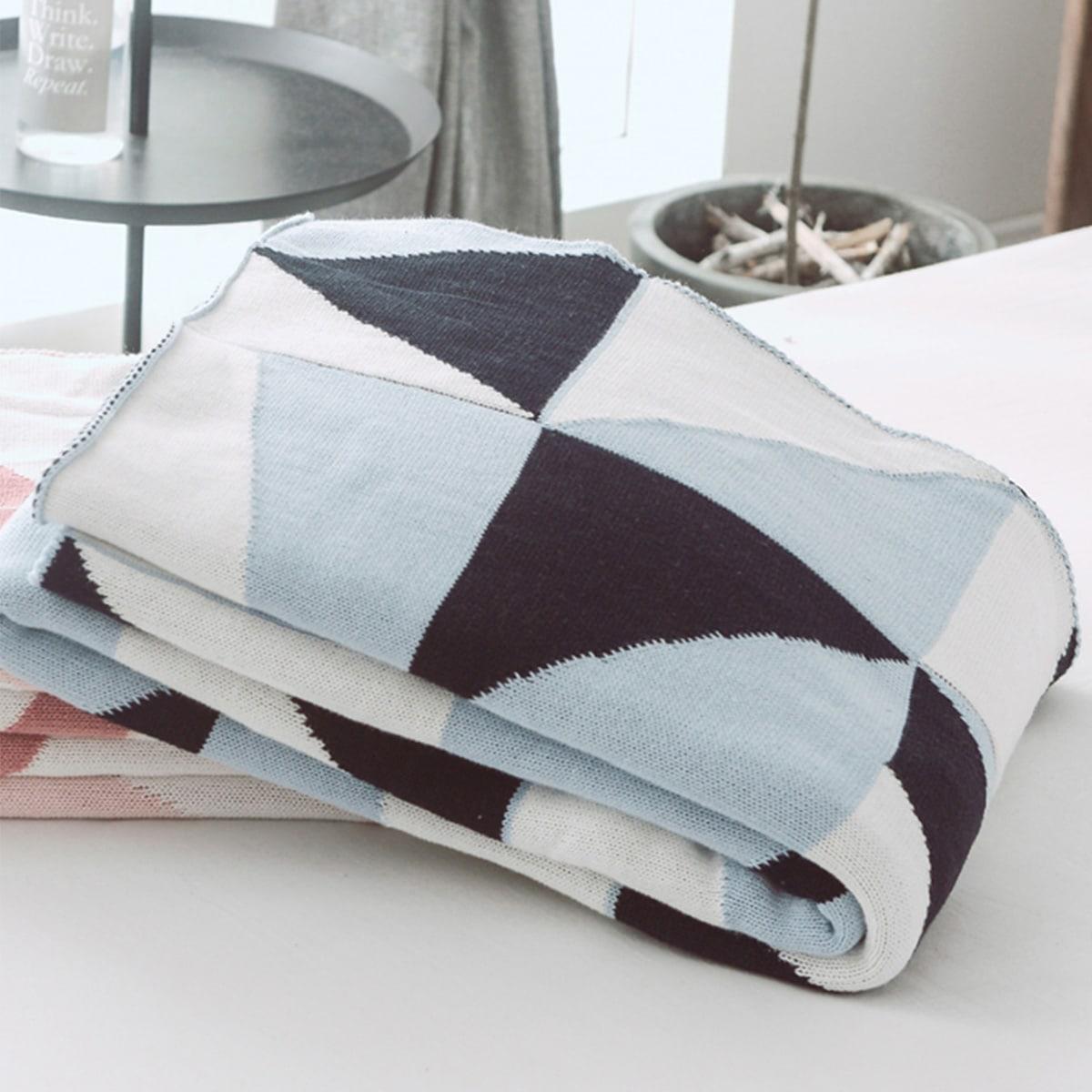 Geometric Pattern Blanket