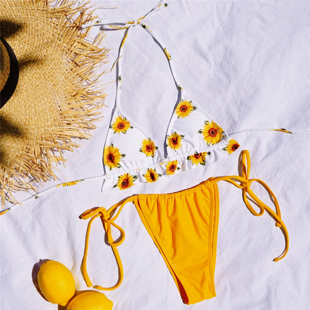 SHEIN / Bañador bikini con tira triángulo con estampado de girasol