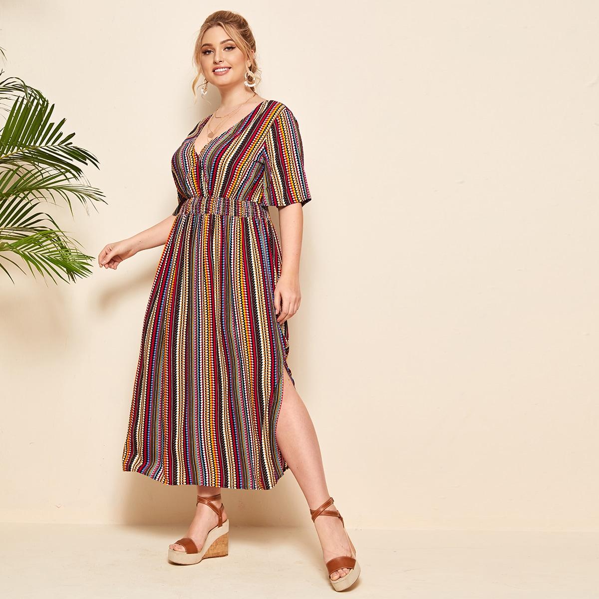 SHEIN / Kleid mit Band hinten, geraffter Taille und Stamm Muster