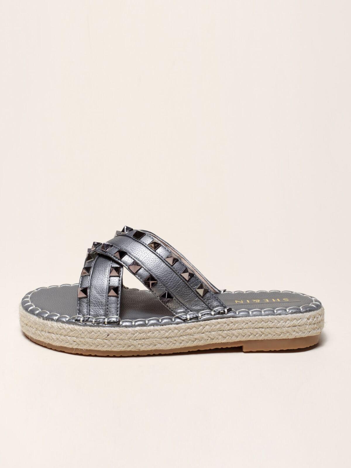 Rivet Decor Criss Cross Espadrille Sandals