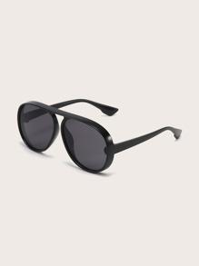 Sunglass | Lens | Oval | Flat | Men | Top