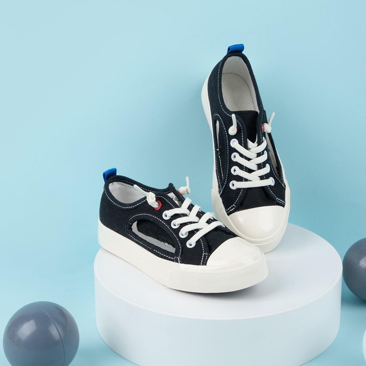 Холщовые туфли с разрезом для мальчиков от SHEIN