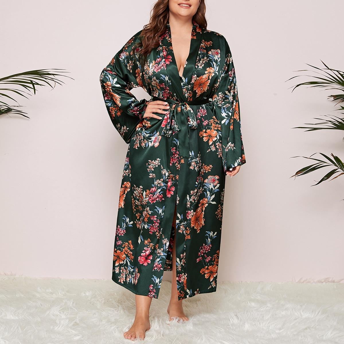 Атласный халат с цветочным принтом размера плюс от SHEIN