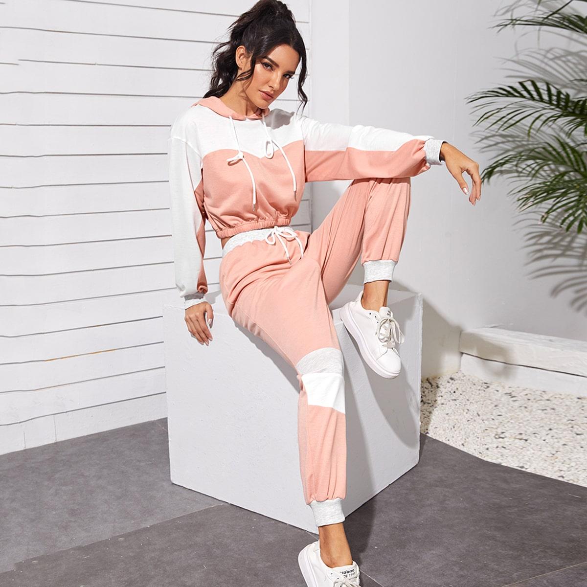 Контрастная короткая толстовка и спортивные брюки от SHEIN
