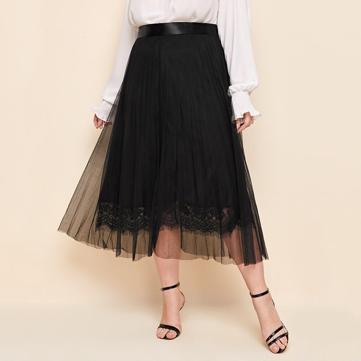Плиссированная сетчатая юбка размера плюс с кружевной отделкой фото