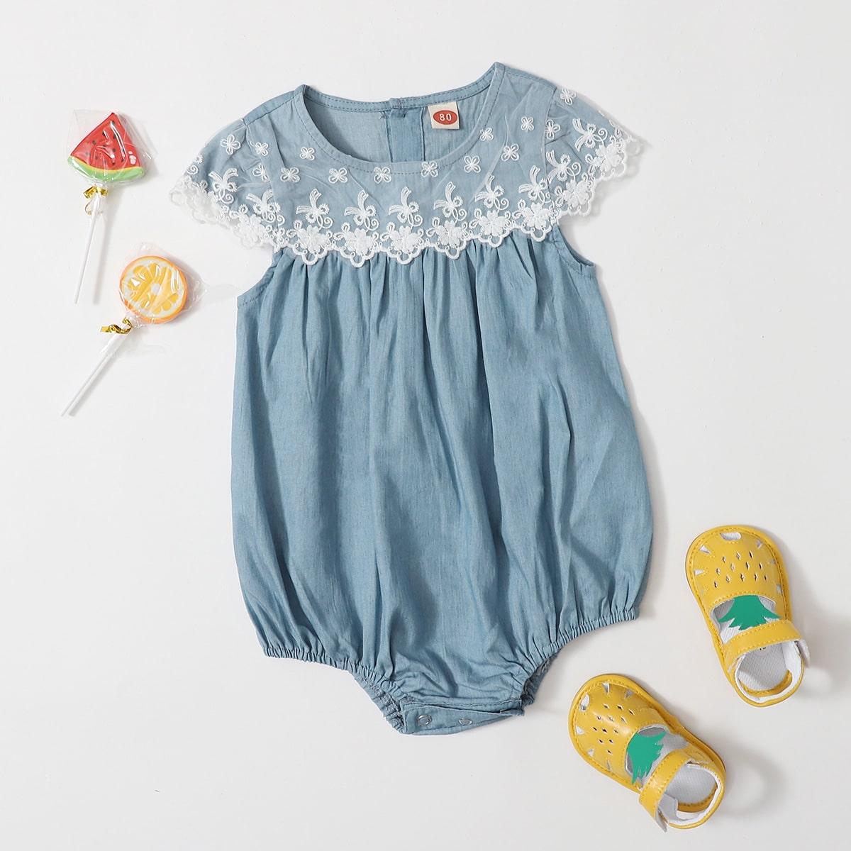 Средний Синий Умывания с вышивкой Со цветочками Деним для малышей от SHEIN