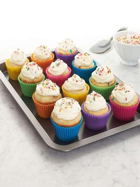 12pcs Random Color Cupcake Mold