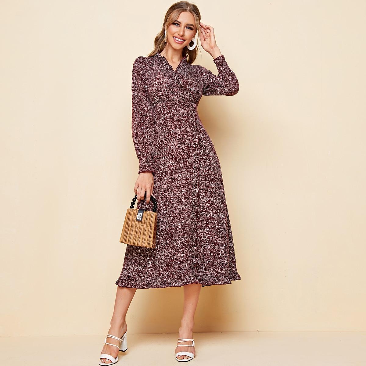 Платье с цветочным принтом и оборками фото