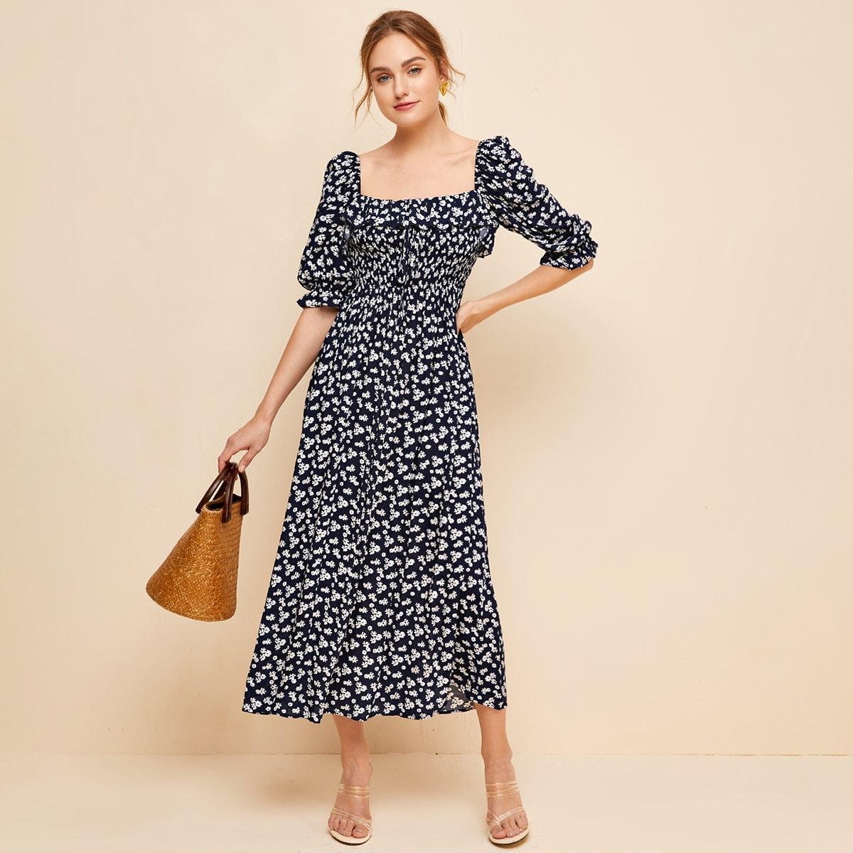 Платье с квадратным воротником и цветочным принтом фото
