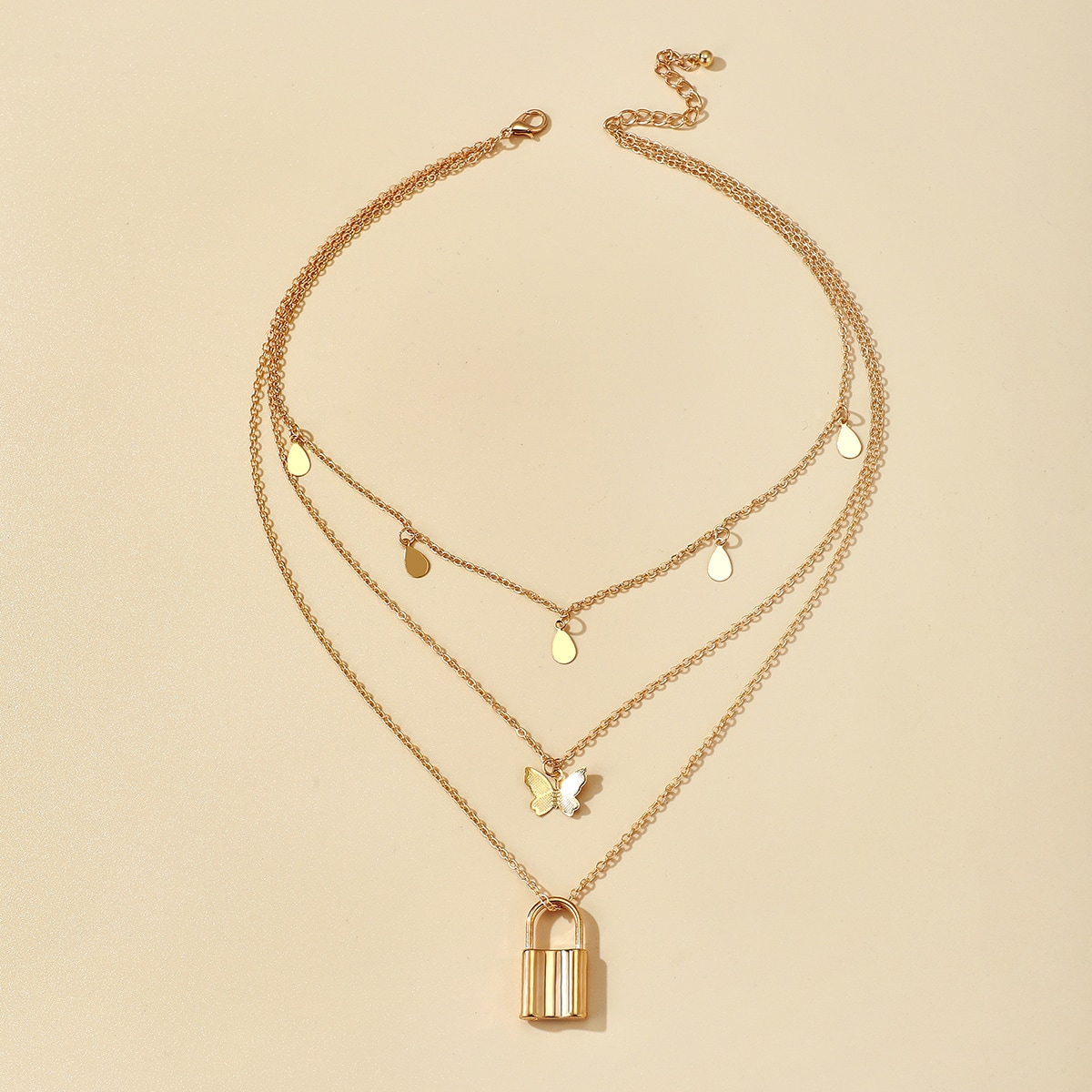 Многослойное ожерелье с замком фото