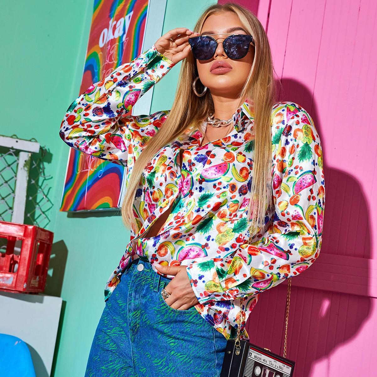 Атласная блузка с принтом фруктов и карманом фото