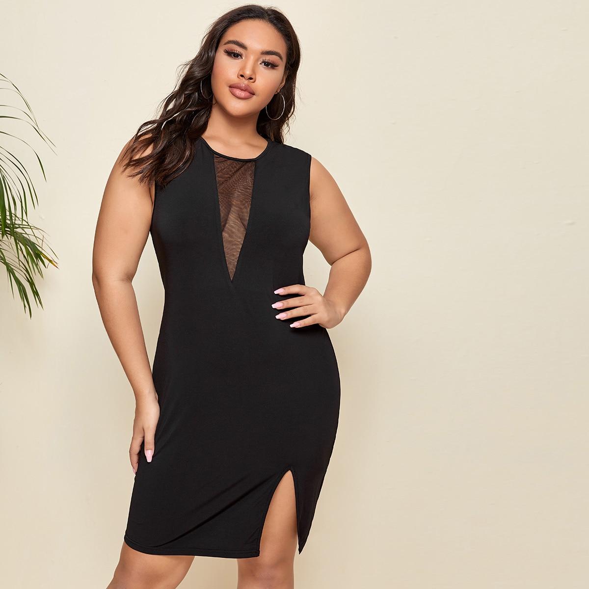 Платье размера плюс с разрезом и сетчатой вставкой