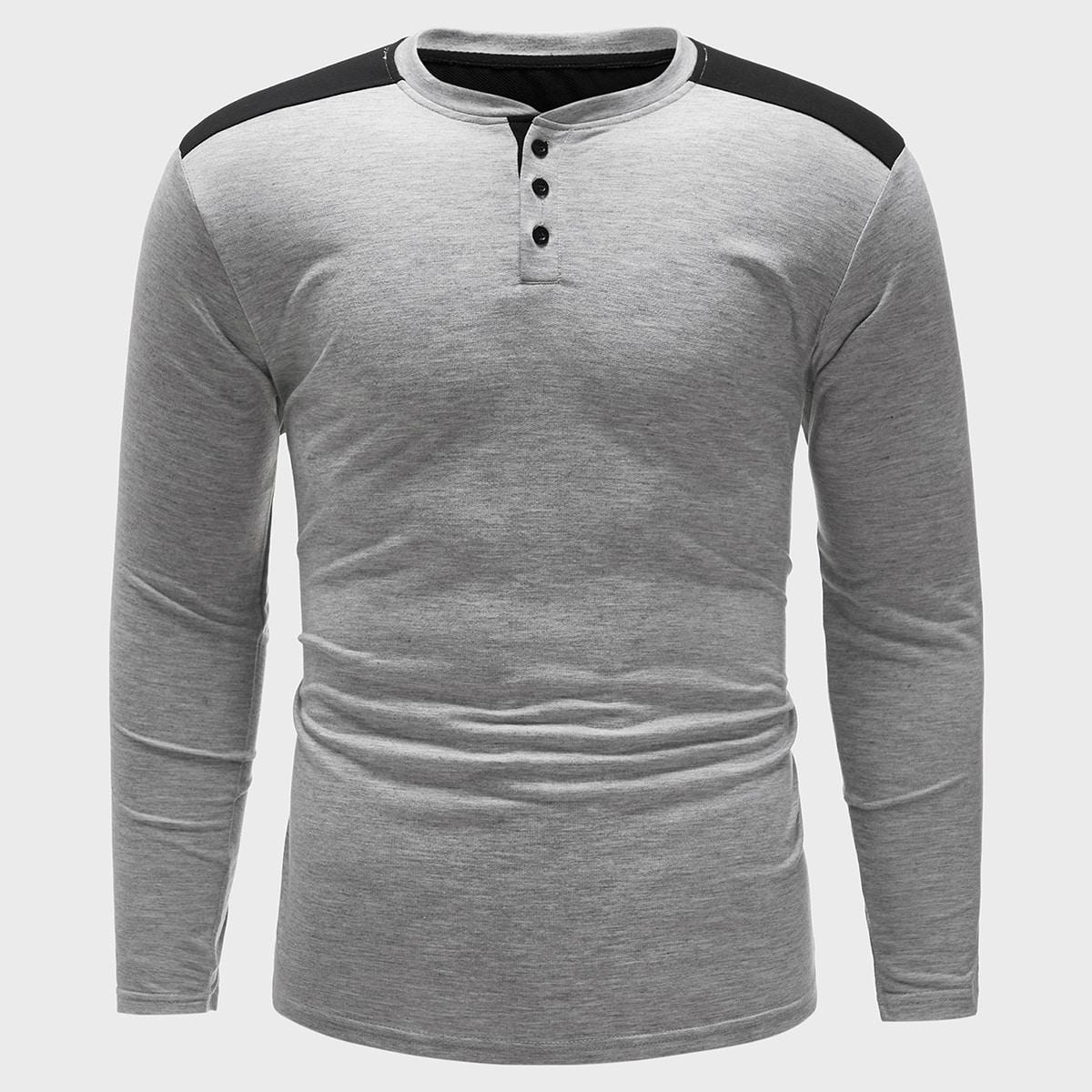 Серый Однобортный Контрастный цвет Повседневный Мужские футболки фото