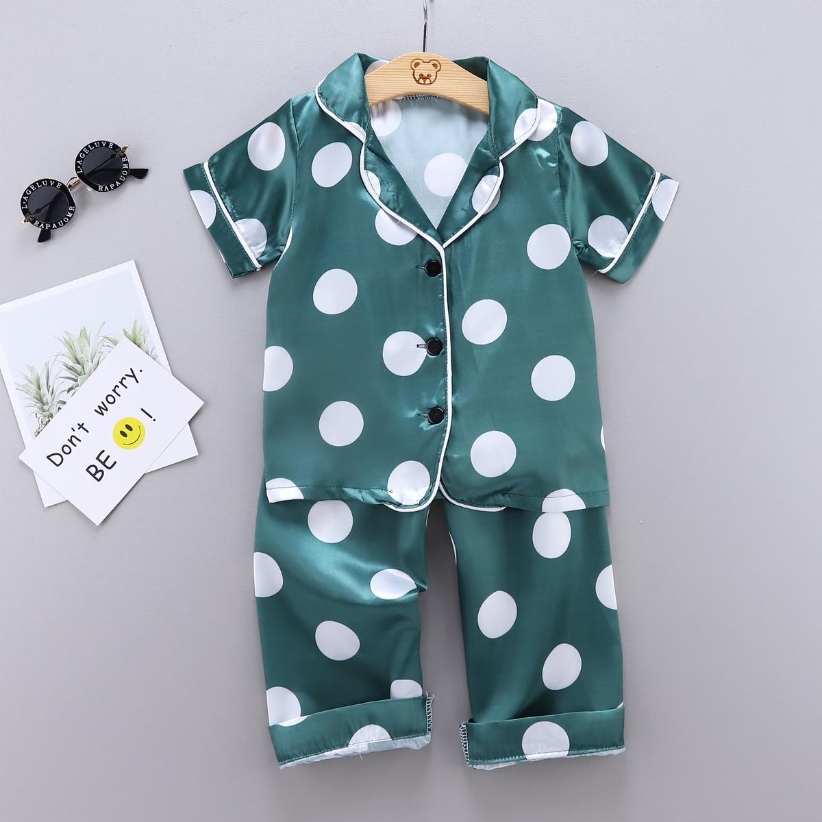 Бирюзовый Контрастная отделка В горошек Повседневный Домашняя одежда для мальчиков от SHEIN