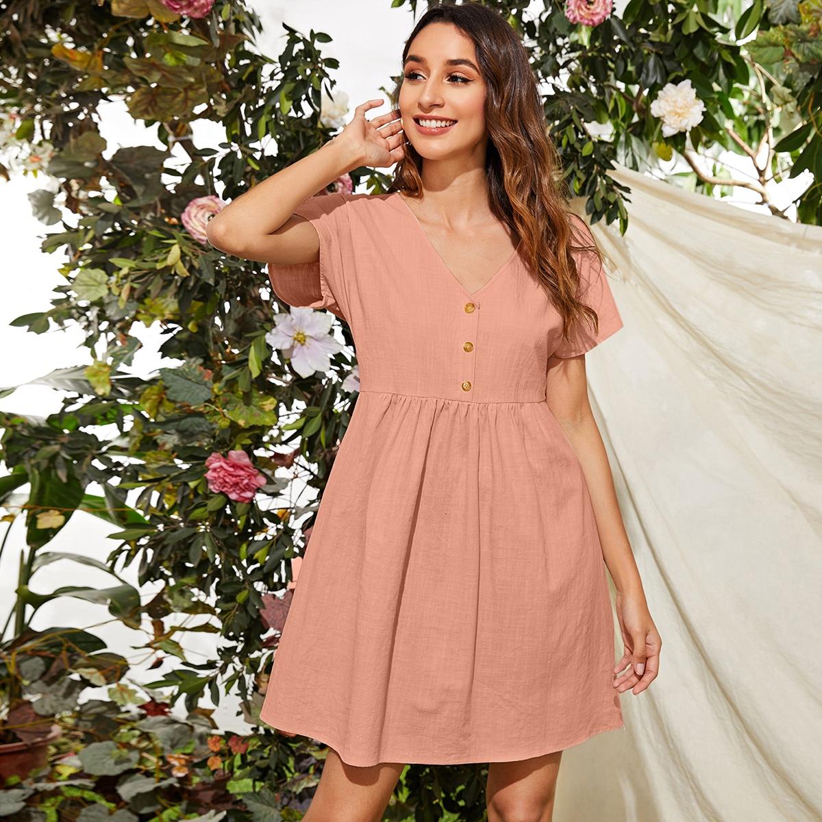 Платье с пуговицами фото
