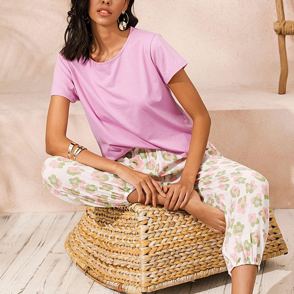 Conjunto de pijama camiseta unicolor de cuello redondo con pantalones con estampado floral