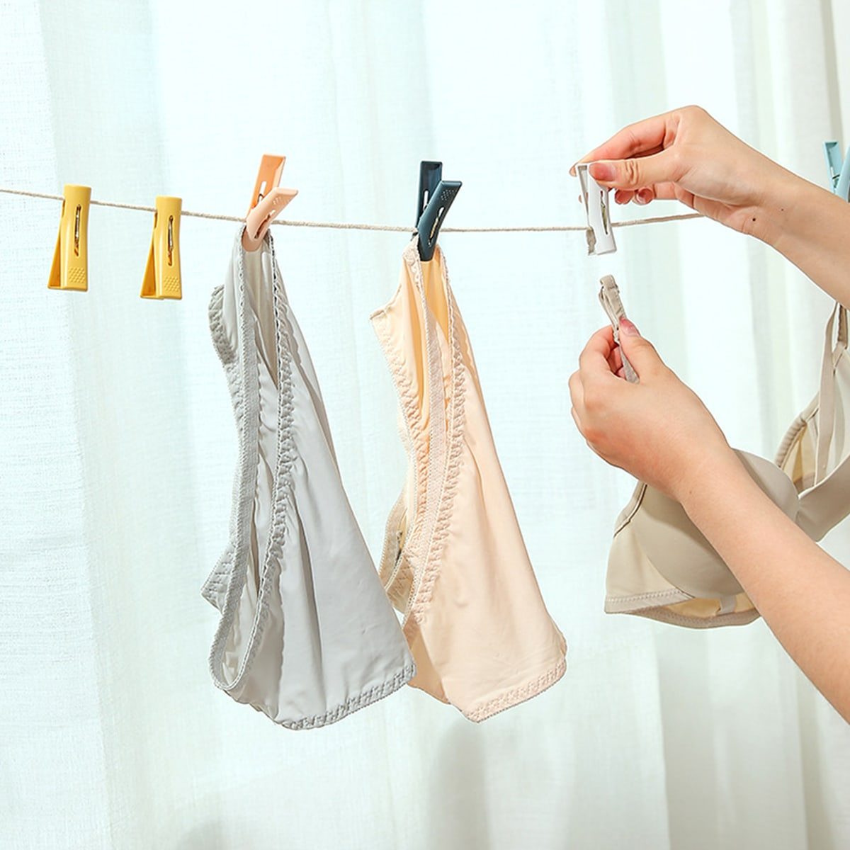 10шт многофункциональный зажим для одежды случайного фото