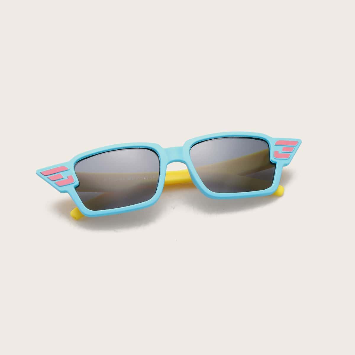 Детские поляризованные солнечные очки в акриловой оправе фото