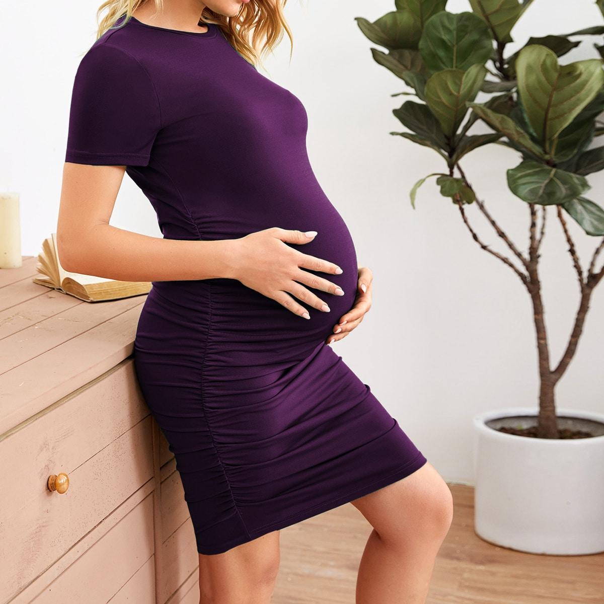 Однотонное платье для беременных со сборками фото