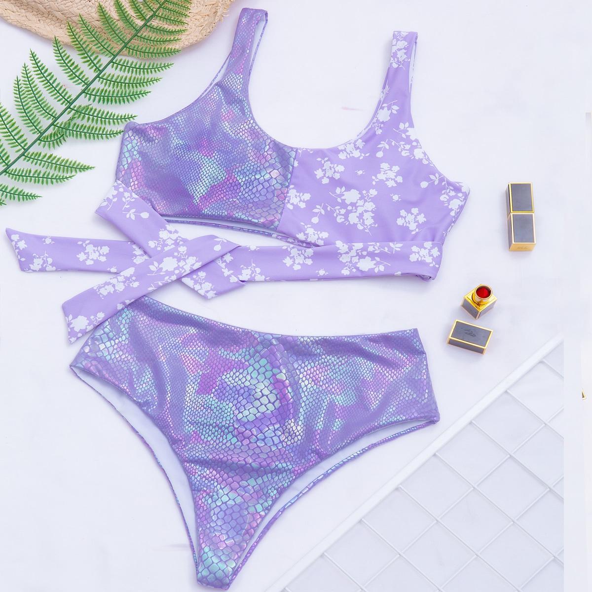 SHEIN / Bañador bikini de cintura alta con estampado floral de margarita y piel de serpiente