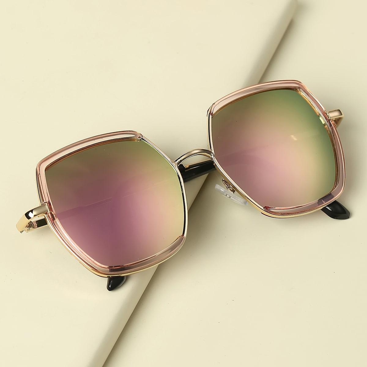 Детские солнечные очки в металлической оправе фото