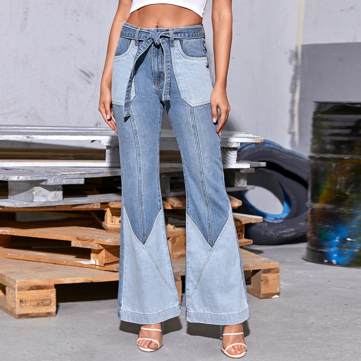 Расклешенные джинсы с поясом