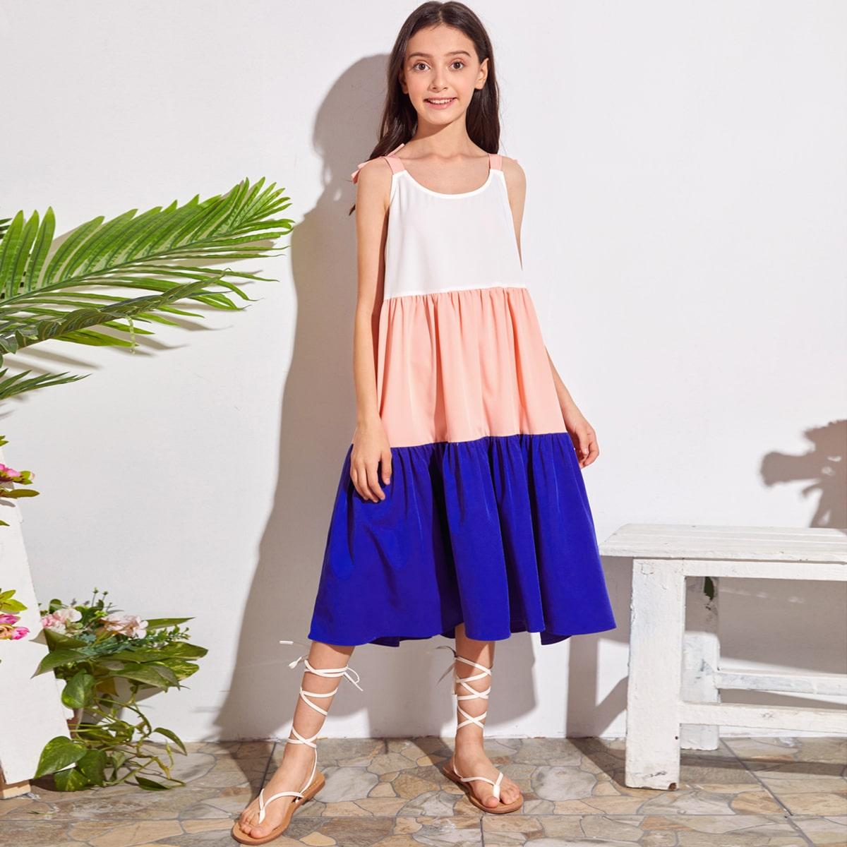 Контрастное платье с узлом на плечах для девочек фото