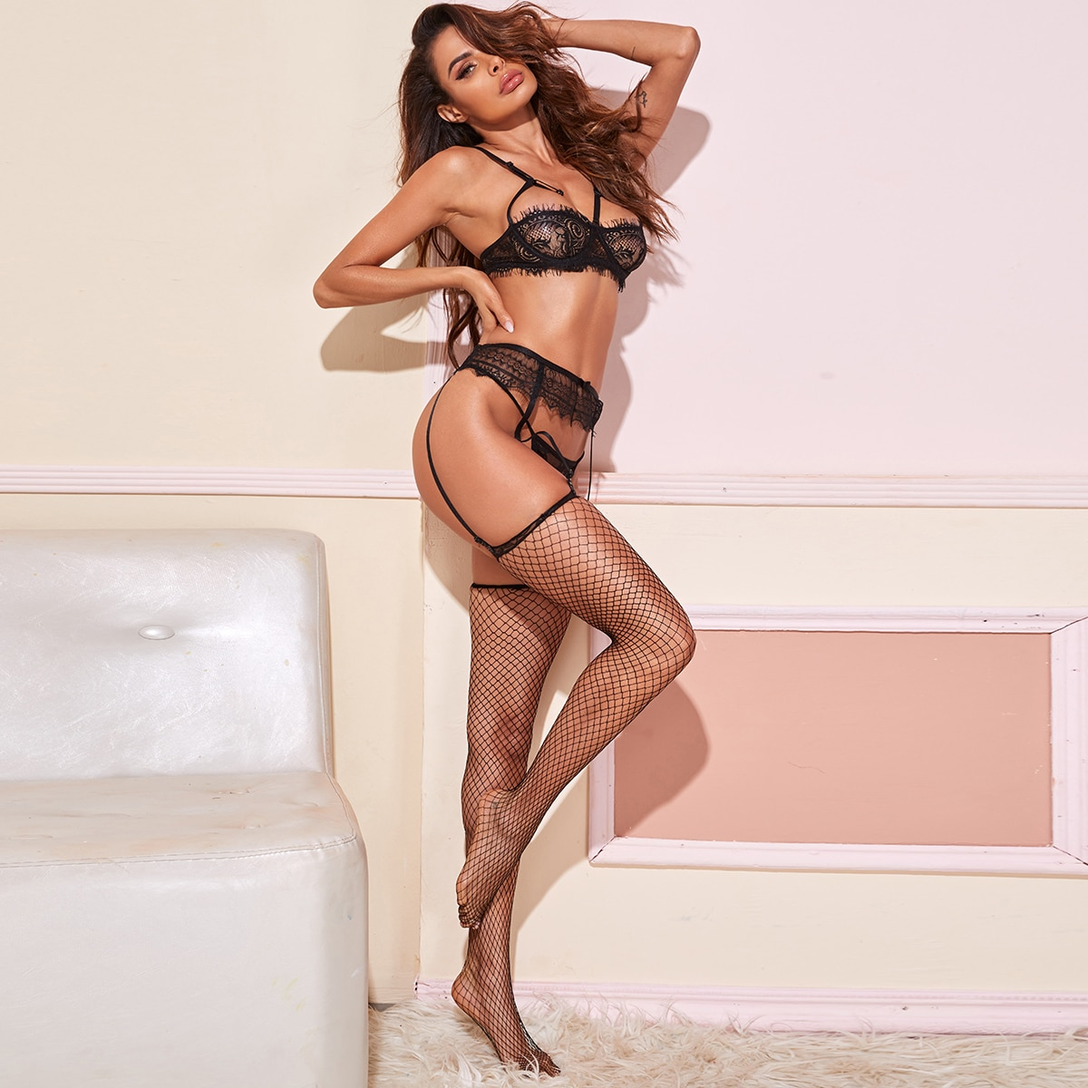 SHEIN / Eyelash Lace Underwire Garter Lingerie Set With Stockings