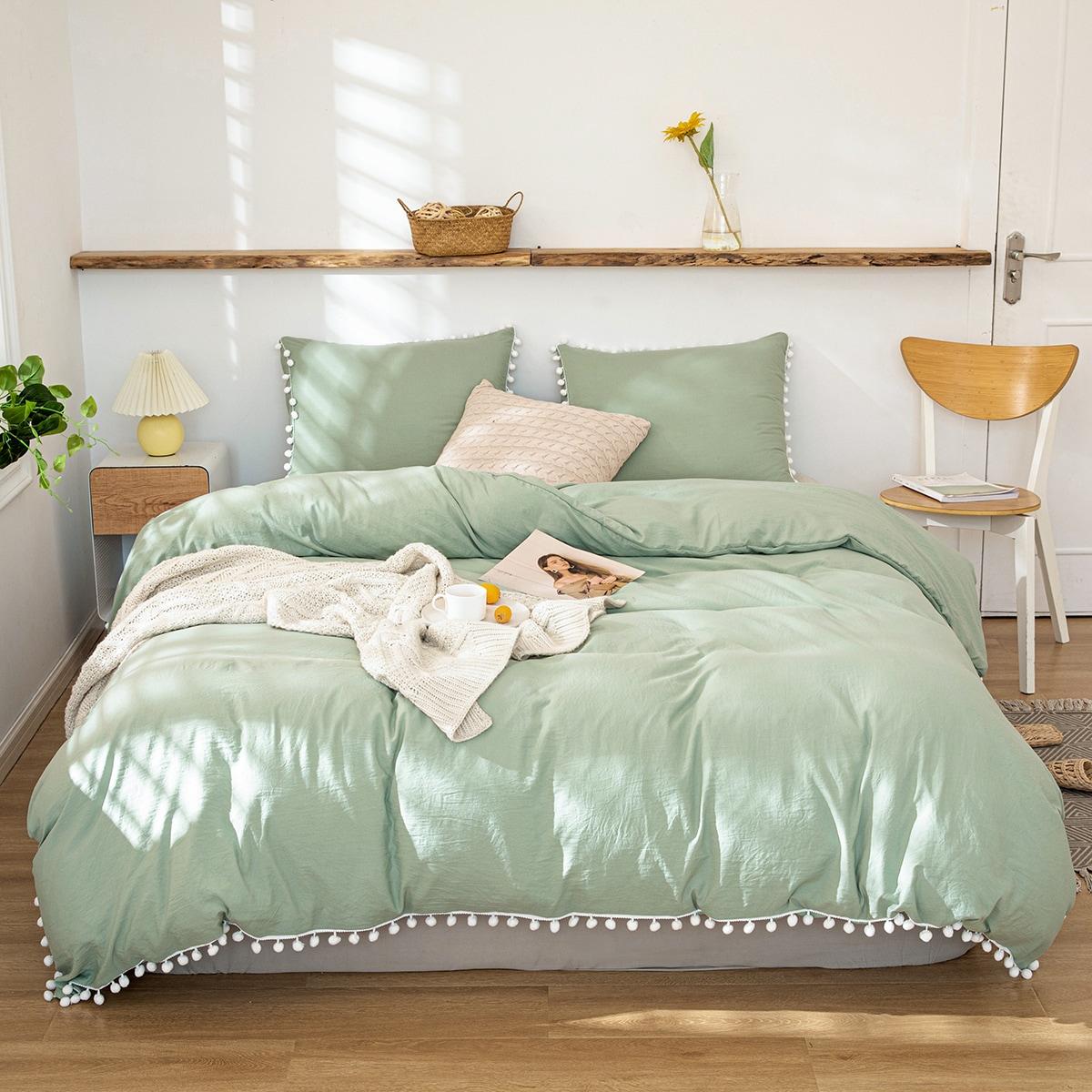 Однотонный комплект постельного белья с помпоном без наполнителя фото