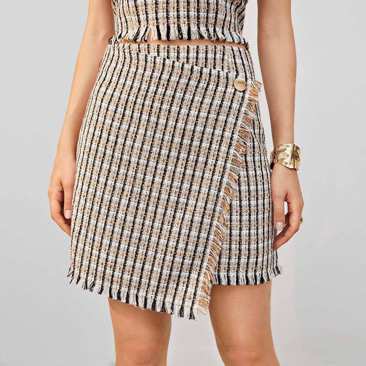 Асимметричная твидовая юбка фото