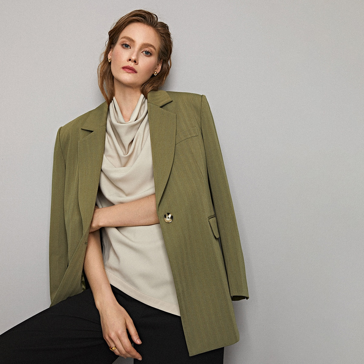 Пиджак из вискозы без пояса от SHEIN
