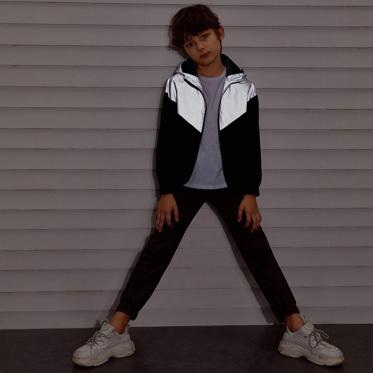 Светоотражающая куртка-ветровка с капюшоном и молнией для мальчиков от SHEIN