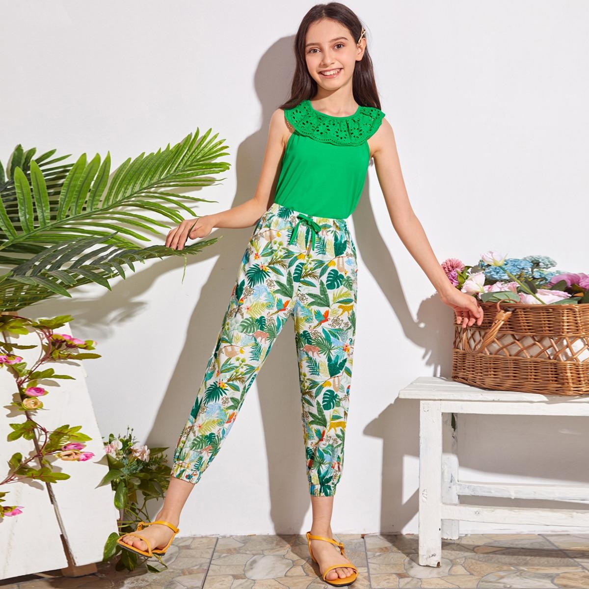 Топ с вышивкой и брюки с тропическим принтом для девочек фото