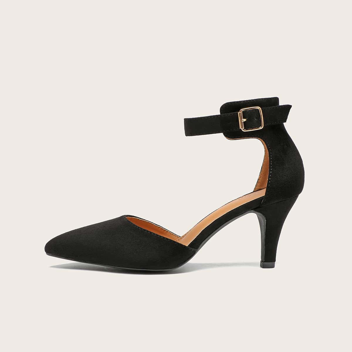 Остроконечные туфли на шпильках с ремешком фото