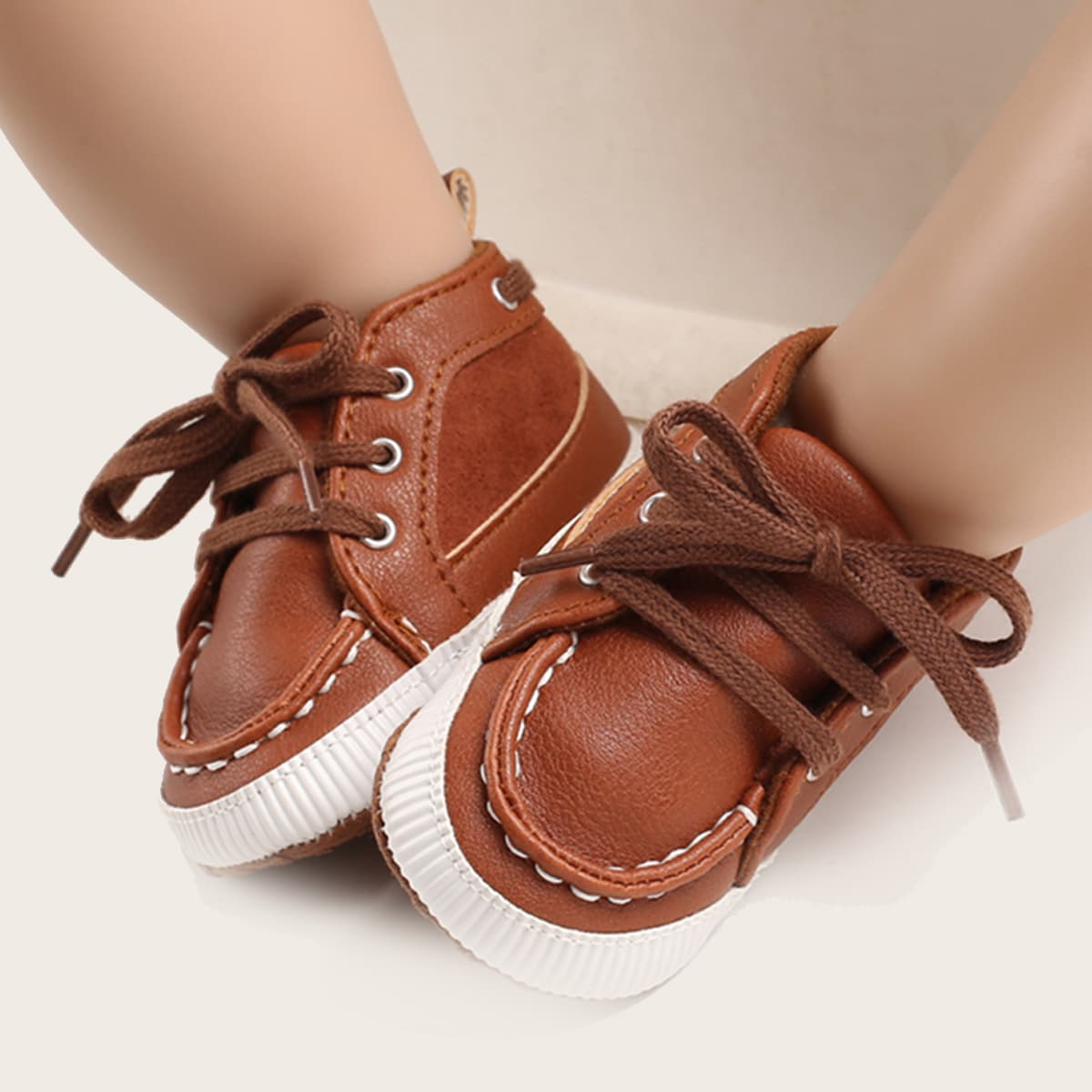 Кроссовки на шнурках для мальчиков от SHEIN