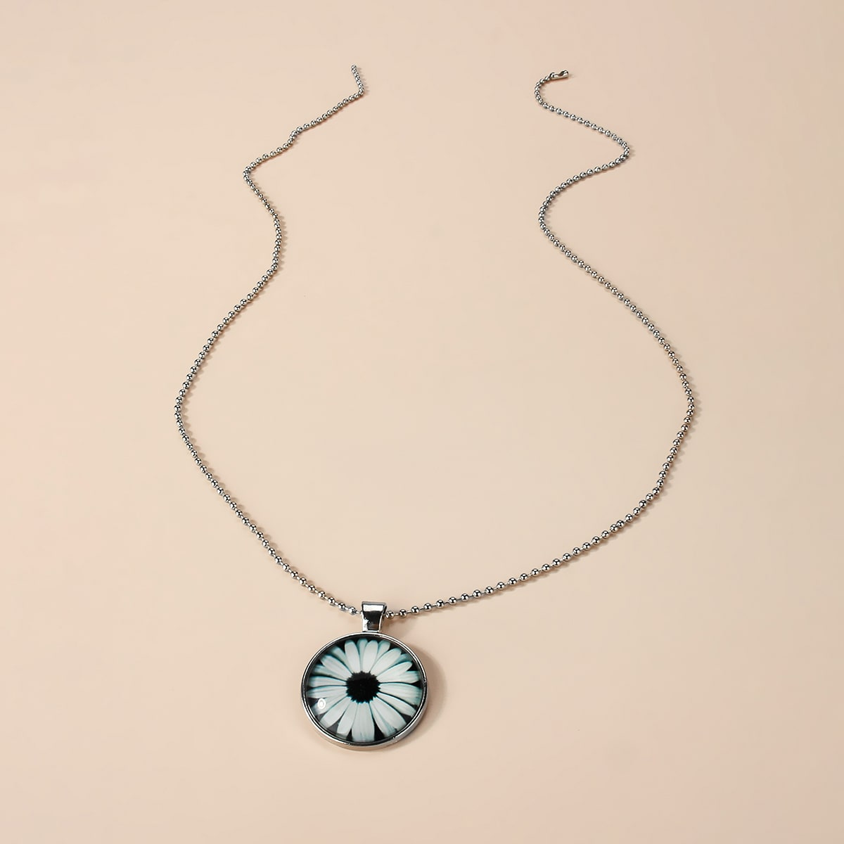 Ожерелье с цветком фото