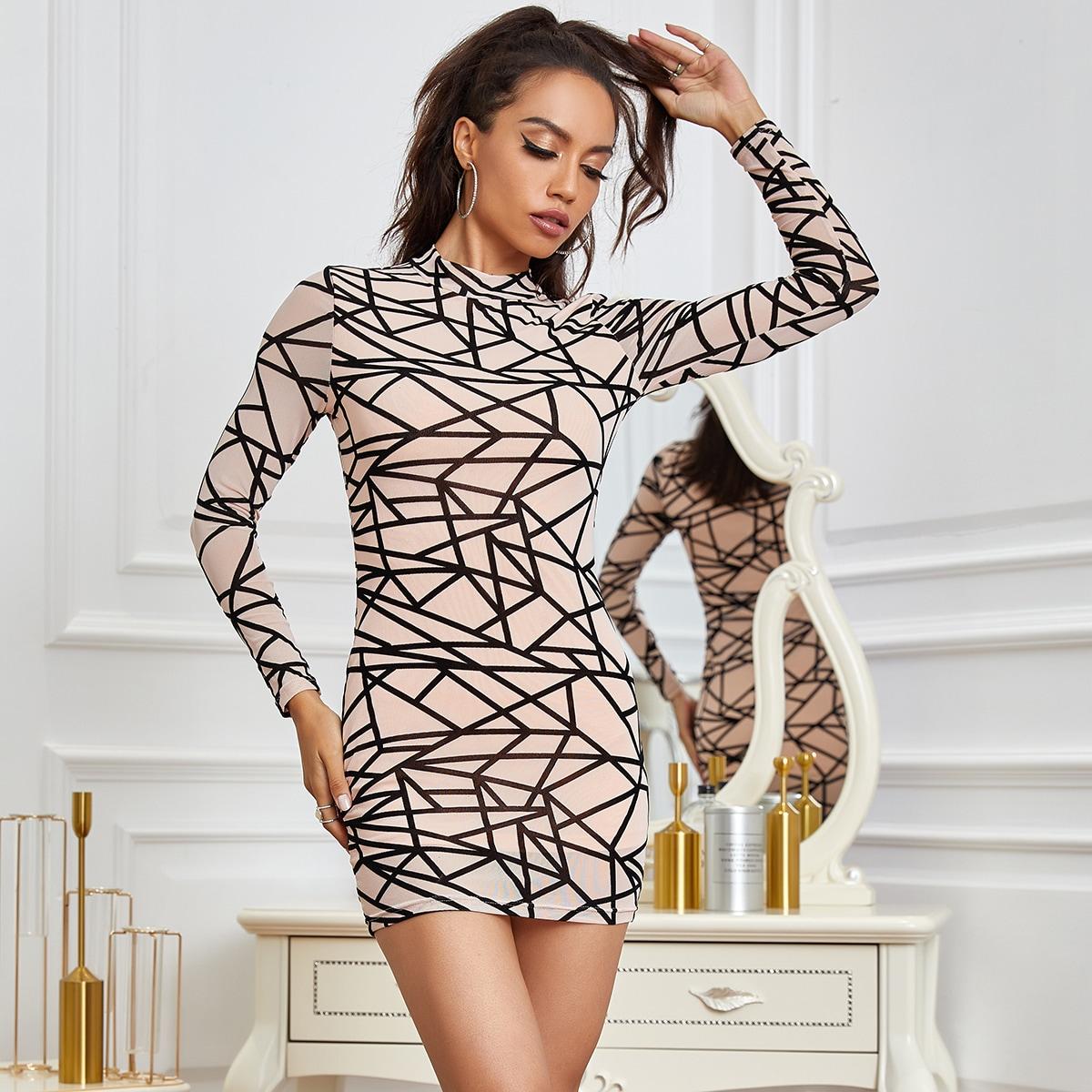 Eilly Bazar сетчатое платье с геометрическим узором и воротником-стойкой