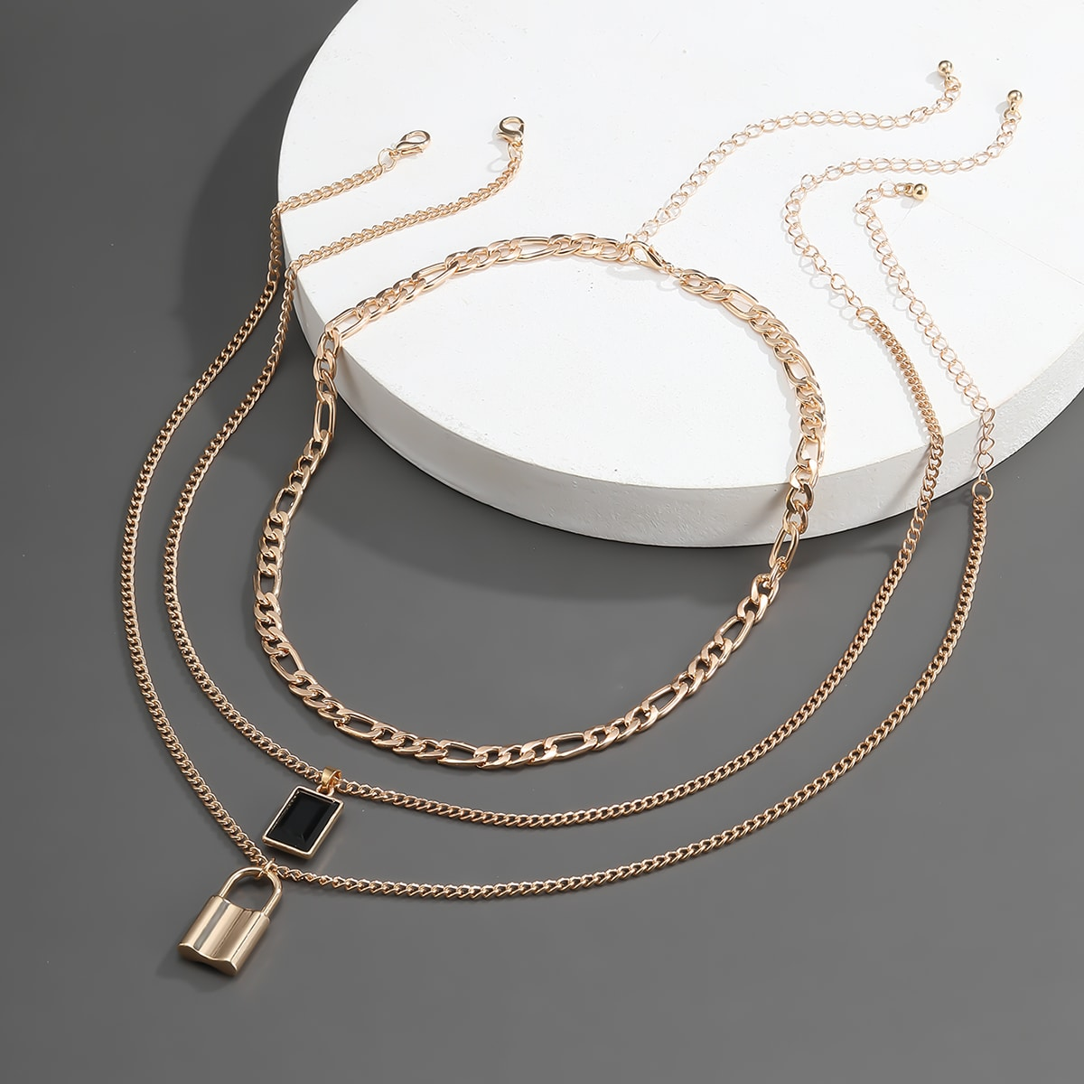 Мужское ожерелье с замком 3шт от SHEIN