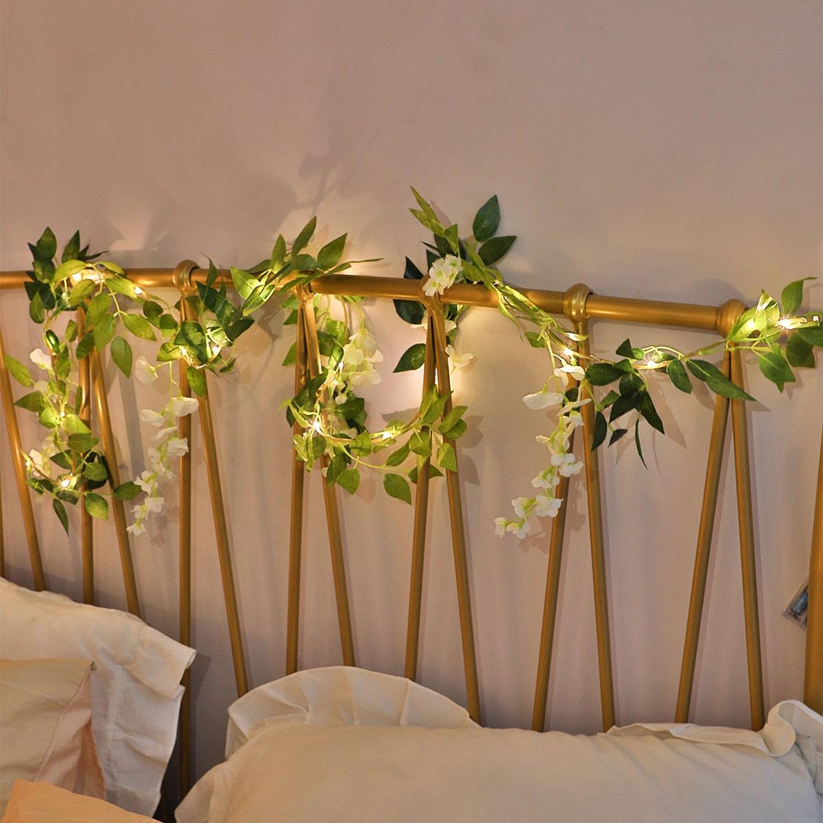 SHEIN / 1 Stück 2M Lichterkette mit künstlichen Blumen