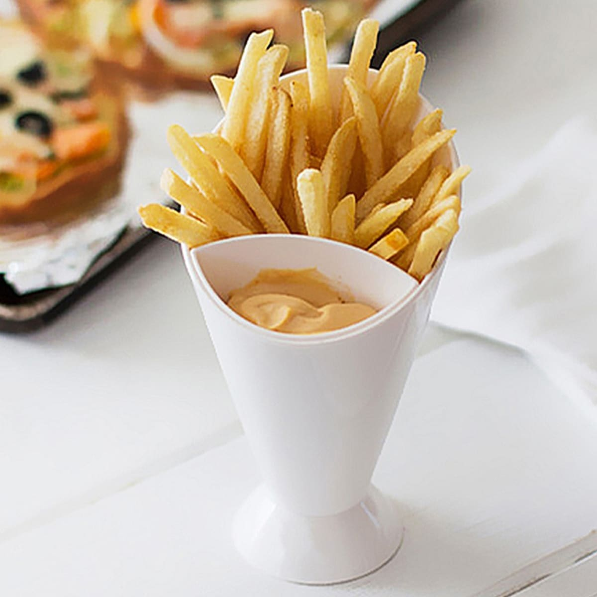 SHEIN / 1pc Plastic French Fry Cup