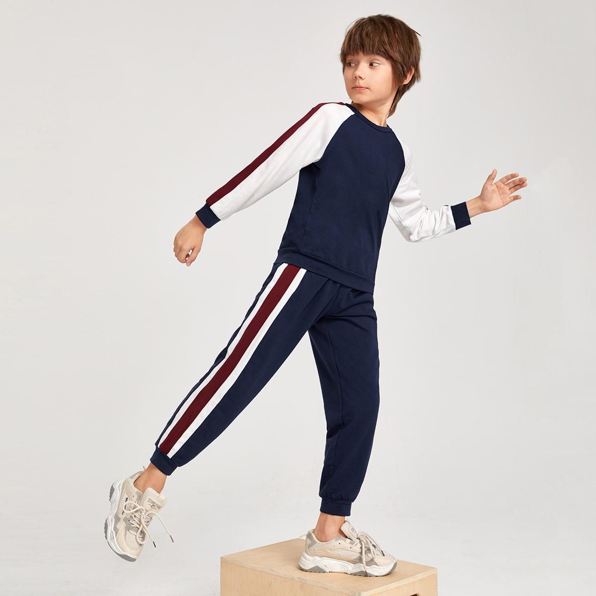 Свитшот с рукавом реглан и спортивные брюки для мальчиков от SHEIN