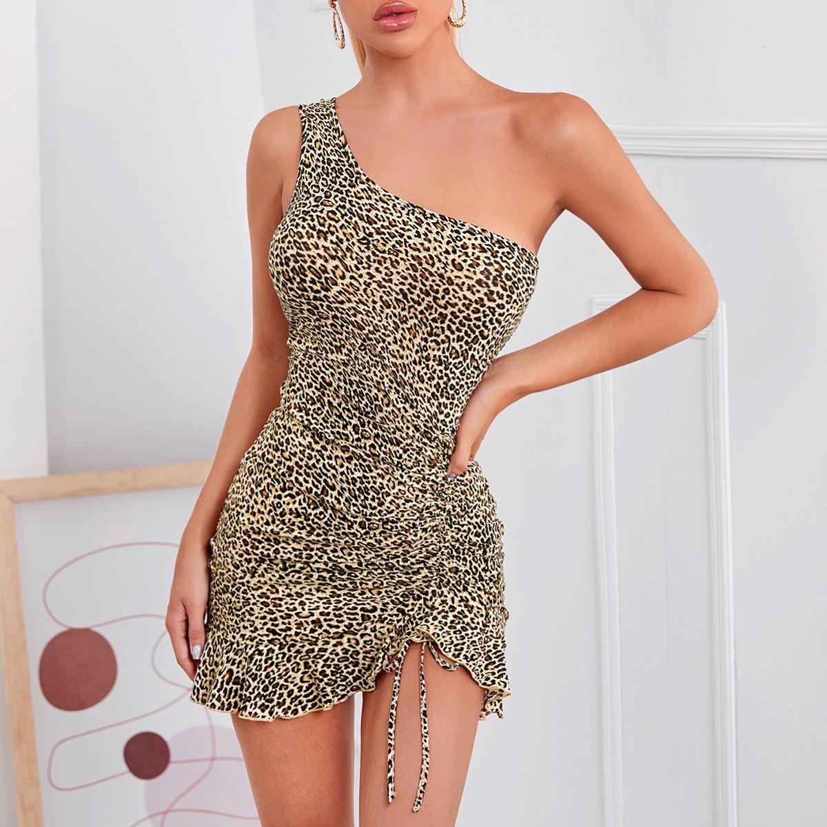 Платье на одно плечо с леопардовым принтом